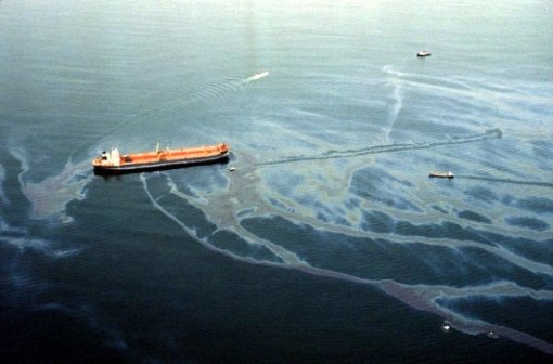 1990_The_Exxon_Valdez_freshawl.com_e